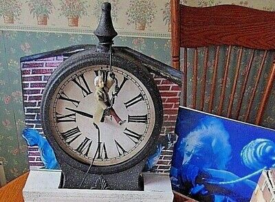 Back To The Future Clock  Cool Custom And Spec Doc Brown Figure