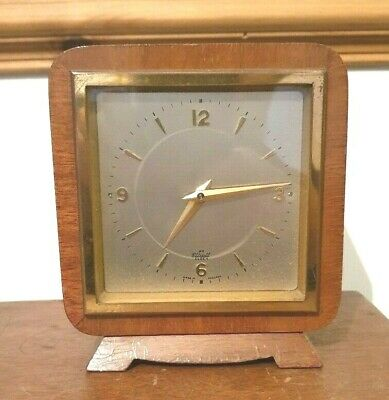 Elliott Clock 1960`s retro day with a platform in Light case MADE IN ENGLAND