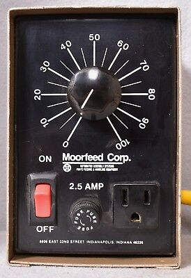 Moorfeed Corp. Variable Transformer 2.5 Amp