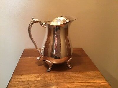 Vintage Sheridan Taunton silversmiths Silverplate Footed Pitcher With Ice Lip
