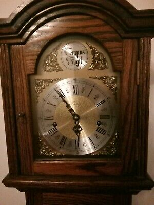 Granddaughter clock 40 years old beautiful chimes, pendulum needs reattaching
