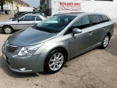 TOYOTA Avensis 2.2 D-Cat Wagon Executive