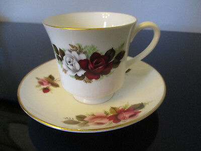 Vintage Royal Tuscan Fine Bone China Roses Gold Gilt Tea Cup & Saucer C&S!