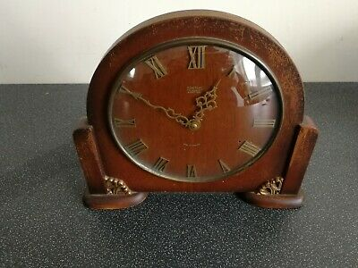 Old wooden cased Smiths 4 jewels 8 day winding mantel clock