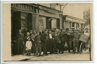 65 BAGNERES de BIGORRE Mai 1920 La Distribution du Tabac CARTE PHOTO  E26 2018