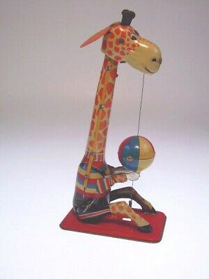 "GSFI ""BALL PLAYING GIRAFFE""""  TPS JAPAN, 21cm, WIND UP OK, NEARLY NEW/NEU/NEUF"
