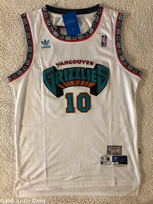 e40a8896c Mike Bibby  10 Hardwood Vintage Throwback Jersey Vancouver Grizzlies White  Mens