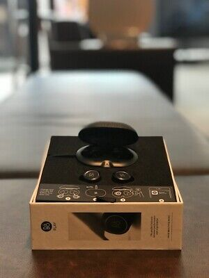Bang & Olufsen E8 wireless Earphones
