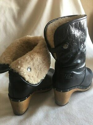 40004d10c44 UGG LYNNEA BLACK Leather Fold Down Shearling Lined Clog Booties ...