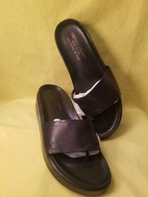 00be28ce0bb Donald J Pliner Fifi Black Leather Platform Thong Sandals Womens Shoes Size  8