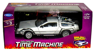 1:24 Back To The Future I Delorean Time Machine by Welly