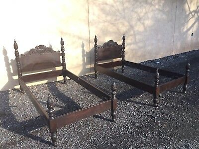 Vintage Pair Of Mahogany Acanthus Carved Pineapple Twin Beds