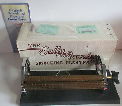 SMOCKING PLEATER SALLY STANLEY 24 Row in original box with 12 new