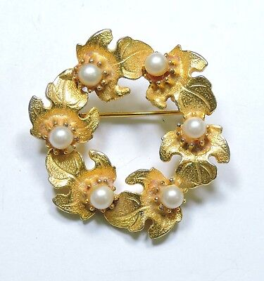 Vintage Goldtone Leaves and Faux Pearls Brooch Pin NO171048