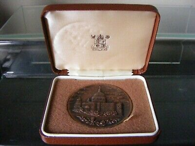 Vintage Royal Mint St. Paul's Cathedral Queen Mother Birthday Bronze Medallion