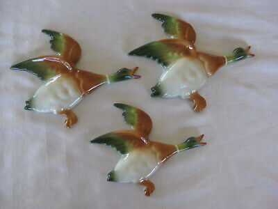 Set Of 3 Flying Wall Ducks English Design - Retro Style (B)