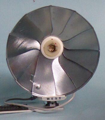 FAN TYPE FLASHGUN FOR MAGNESIUM BULBS by WEST