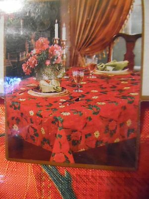 52 X 70 Benson Mills Fabric Christmas Tablecloth Red Poinsettia Bright & Festiv