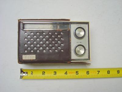 Vintage ELGIN Ten Transistor Radio AM Band - For Parts and Repairs only