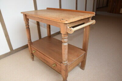 Small antique pine side table/kitchen table/wash stand with drawer