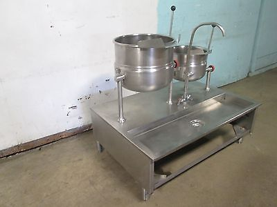 """""""CLEVELAND"""" HD COMMERCIAL DIRECT STEAM 12/6 gal. STEAM JACKETED KETTLES STATION"""