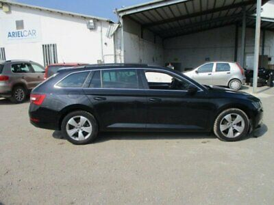 Skoda Superb WAGON 2.0 TDI EXECUTIVE DSG 110KW