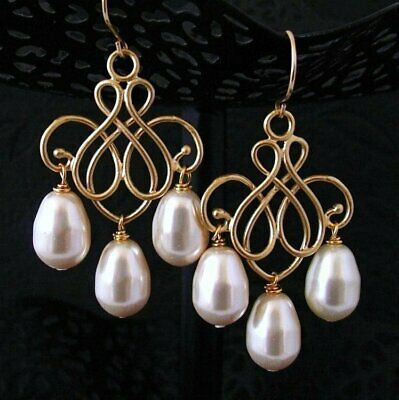 Pearl Chandelier Earrings in Gold with Swarovski Crystal Pearls