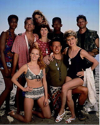 China Beach Dana Delany Marg Helgenberger Leggy 8x10 Photo J5329