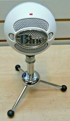 Blue Microphones Snowball Ice Condenser Microphone - White With Stand