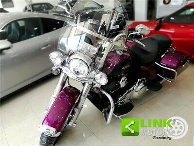 Harley-Davidson FLHRC Road King Classic FLHRC Road King Classic