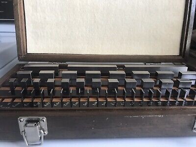 Mitutoyo Gage Block Set 516-958-02, Grade 2, 47 Blocks In excellent condition