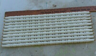"10 CHIPPY White Paint ARCHITECTURAL SALVAGE Wood Turned SPINDLES 25.5"" Baluster"