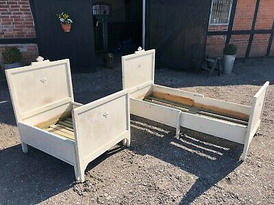 "Pair of lovely wooden Antique Swedish ""growing"" beds"