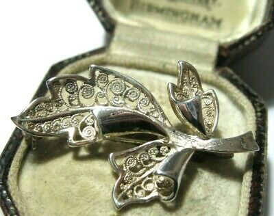 Vintage Jewellery Beautiful Small Sterling Silver Filigree Leaf Pin Brooch