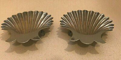 Pair Of Walker & Hall Scallop Shell Bonbon Dishes Silver Plate 1905 A1. 3 Feet