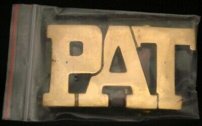LF24115 *NOS* VINTAGE 1970s/80s CUT-OUT NAME ***PAT*** SOLID BRASS BUCKLE