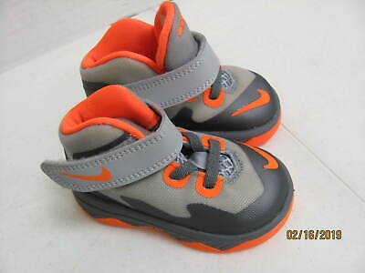 detailed look 257b4 a1920 Nike Air Max Shoes Sneakers Toddlers 4C Lebron James Soldier VIII Gray    Orange