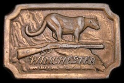 Lc04137 Vintage 1976 ***Winchester Firearms*** American Legend Cougar Buckle