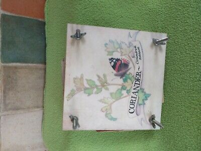 Vintage flower press 15 cm x 15 cm Arts & Crafts floral butterfly & Coriander
