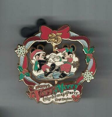 Disney 2008 Very Merry Christmas Party Mickey & Minnie Spinner Pin Le 4000