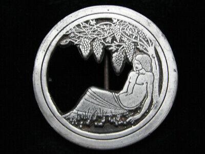 OG09152 VINTAGE 1970s **AUBREY BEARDSLEY ARTWORK** INDIANA METAL CRAFT BUCKLE
