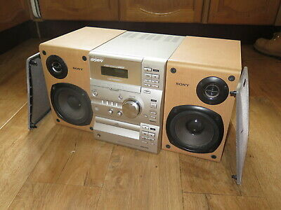 Sony CMT-CP11 Compact HiFi Stereo System, Amplifier, CD, Cassette Tuner Speakers