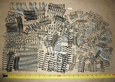 LARGE & SMALL COMPRESSION SPRINGS MIXED ASSORTED VARIOUS SIZES JOB LOT 1.7kg LS8