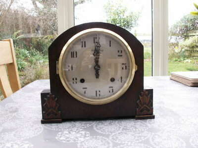 Lovely Oak Cased Bravingtons Striking Mantle Clock