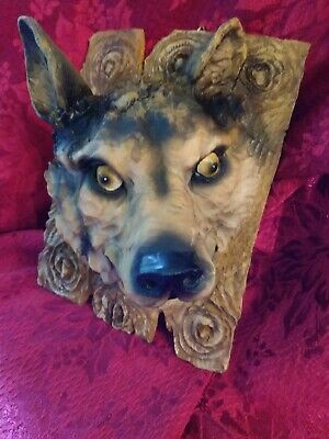 Wolf Head Bust  3D Wall Mount Decor Figurine Resin 6 in High Wolf. 2 for $16