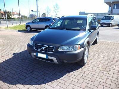 Volvo XC70 XC 70 2.4 D5 20V cat AWD Momentum Interno in Pelle