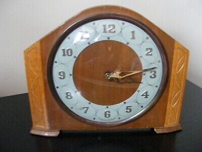 Vintage Westclox Scotland Wooden Mantel Clock - Good Working Order