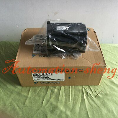 1PC New In Box Yaskawa Servo Motor SGMJV-08AAA61 One year warranty