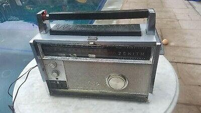 Zenith Royal 3000-1 Trans-Oceanic radio and ac adapter