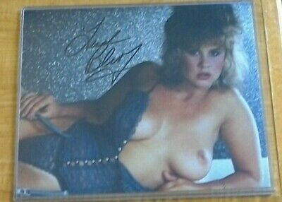 Linda Blair Signed Autographed 8X10 Photo - THE EXORCIST - ROLLER BOOGIE - NUDE